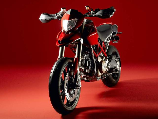 The Crazy Ducati Hypermotard 796-1100-EVO-SP