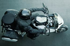 Triumph's new Adventure bike - The Triumph Tiger 800 2011