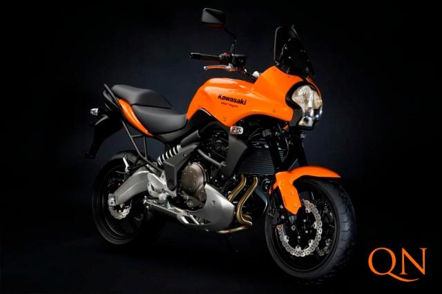 orange Kawasaki versys