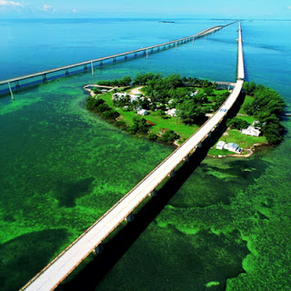 the famous motorcycle touring route in america called the Overseas Highway