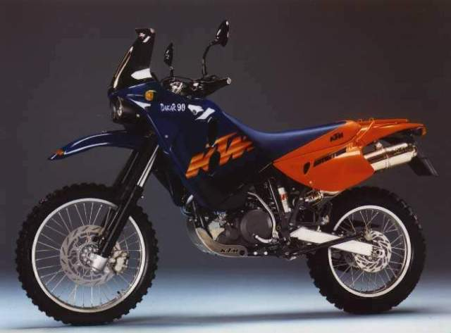 Retro_KTM_adventure_Motorcycle