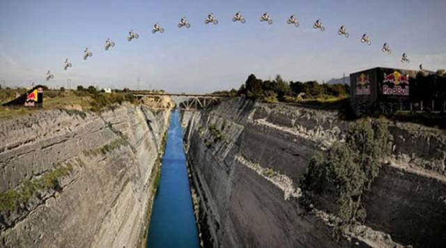 Robbie-Maddison-Corinth-Canal